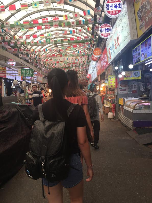 Walking Around Seoul Markets